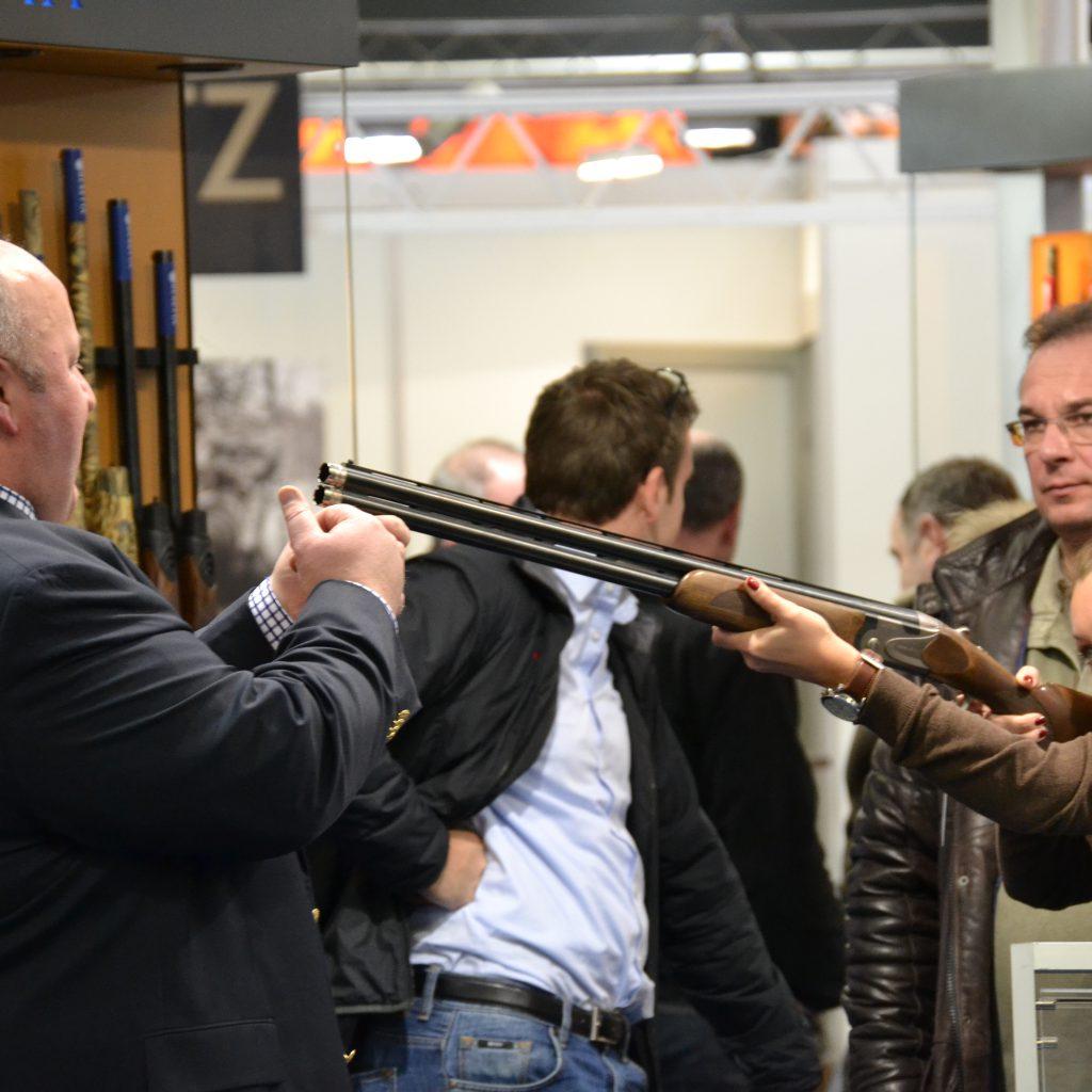 Flintenprofi Und Schießlehrer Christian Schulte Bei Der Arbeit