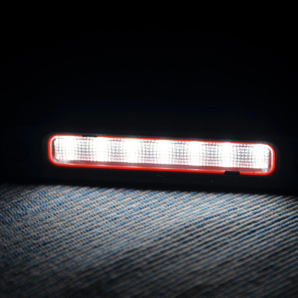 Die Taschenlampe Des OutXE Hat 4 Lichtstufen Und Erstaunlich Hell.