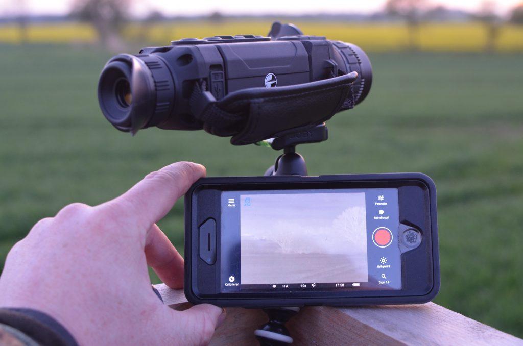 Fernbedienung und Livebild via Wlan und App StreamVision möglich