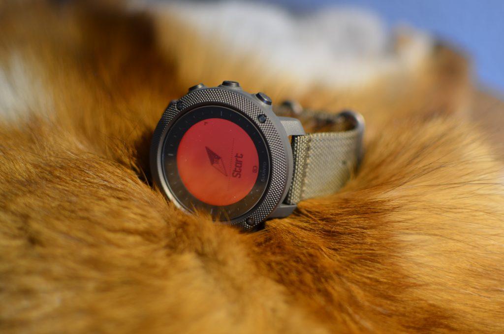 rein optisch passt die Traverse Alpha hier mit dem Armband Foliage zum Fuchsbalg